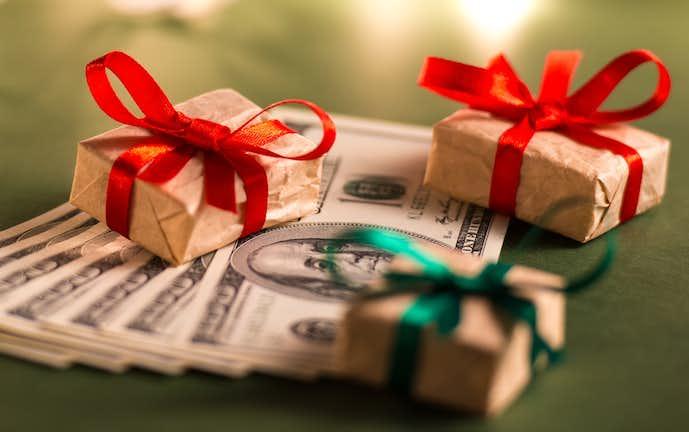 お姉さんの誕生日プレゼントの予算と選び方