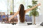 【腰のストレッチ方法】オフィス&家で出来る簡単な柔軟体操とは | Smartlog