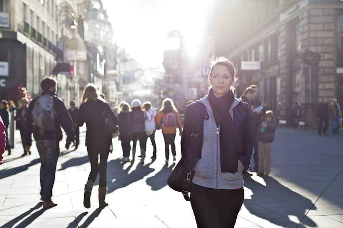 歩くスピードが遅い女性はナンパに引っかかりやすい