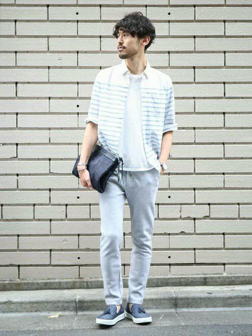 ボーダーシャツ×白Tシャツのメンズコーディネート