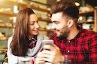 好きな人へ好意をアピールする7つの方法。意中の女性と距離を縮めるコツとは | Smartlog