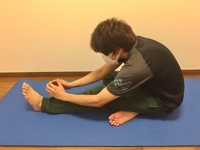 大腿二頭筋(ハムストリング)の効果的なストレッチ方法