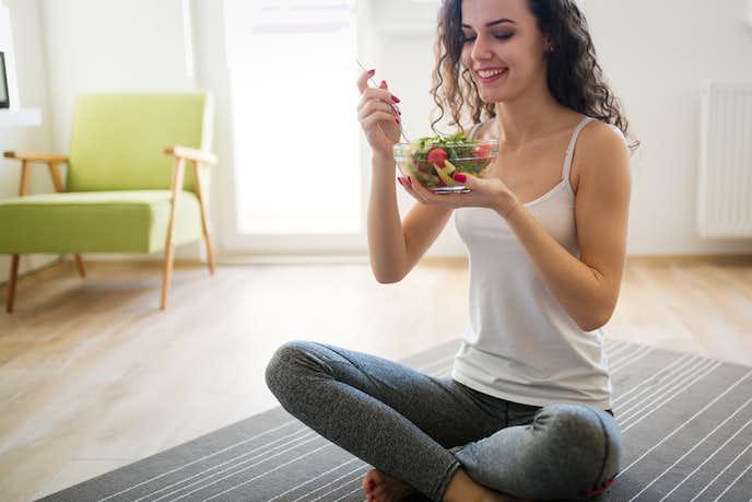 腹筋を鍛えるには食事も大切