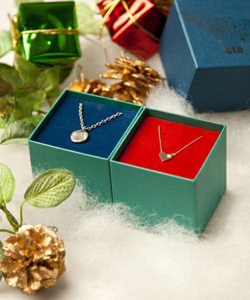 ペアアクサリーのクリスマスプレゼントにeteのスピカのペアネックレス