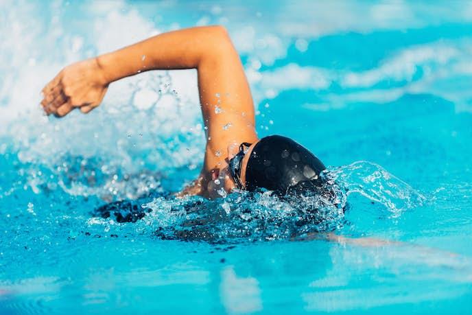 登山トレーニングに効果的なランニン登山トレーニングに効果的な水泳