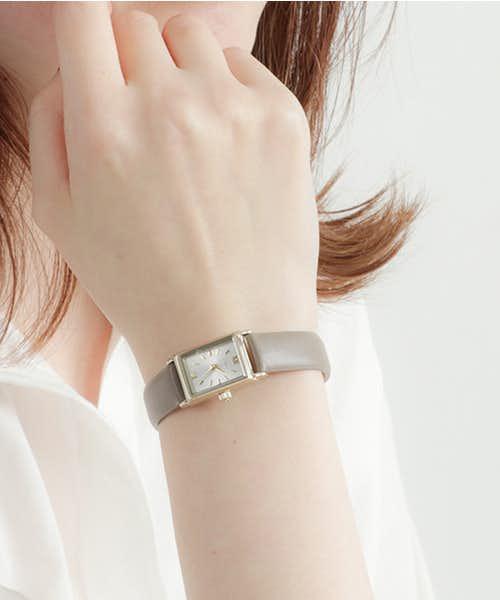 彼女への誕生日プレゼントはエテの腕時計