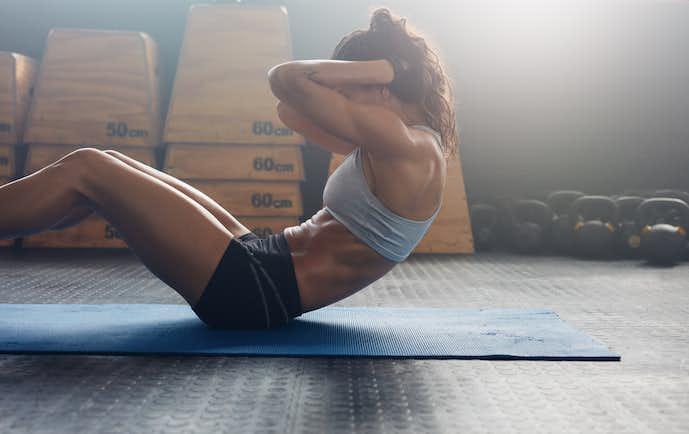 正しい腹筋の鍛え方とは