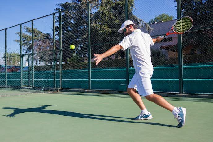 テニスのストロークで鍛えるべき筋肉