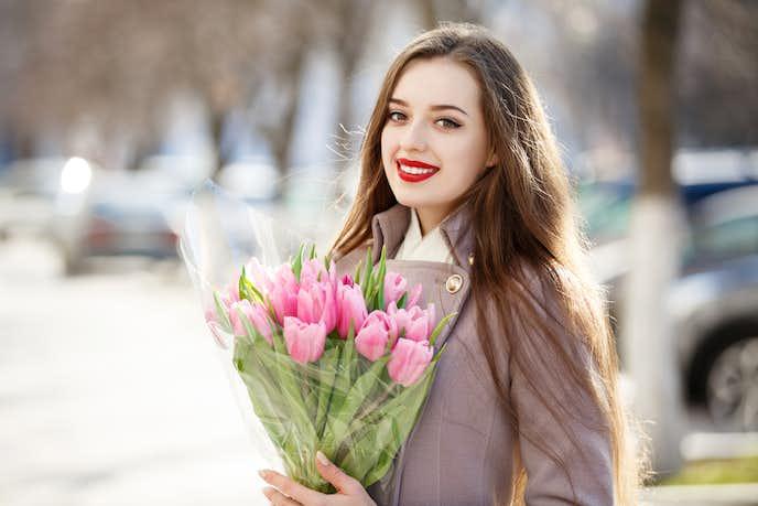 彼女が絶対喜ぶ誕生日プレゼントは花束ギフト