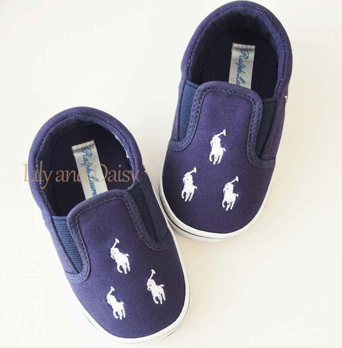 男の子の出産祝いにおすすめの靴はラルフローレン
