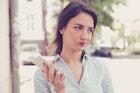 彼氏が「うざい」と思う女性の特徴集。うざい彼女にならない対処法とは | Smartlog