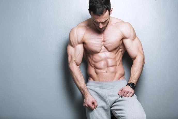 大胸筋を鍛えられるディップスの効果的なやり方