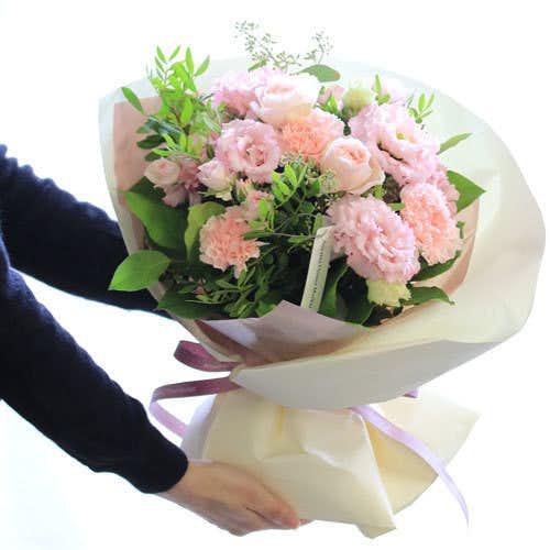 彼女への誕生日プレゼントは青山フラワーマーケットのフラワーブーケ