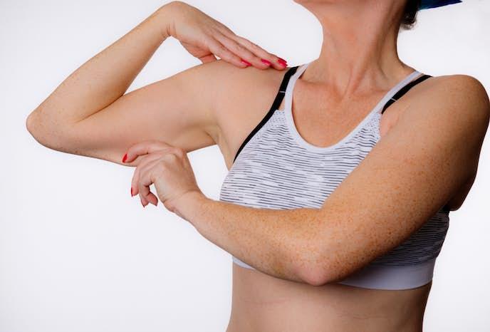 筋トレは二の腕を細くする