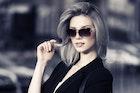 嫉妬深い彼女の特徴&心理とは?女性の不安と束縛心を和らげる対処法を大公開! | Smartlog