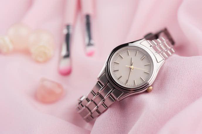 彼女が絶対喜ぶ誕生日プレゼントは腕時計