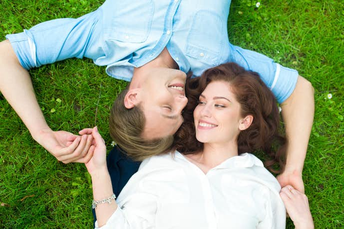 年下男性が年上女性を好きになる男性心理