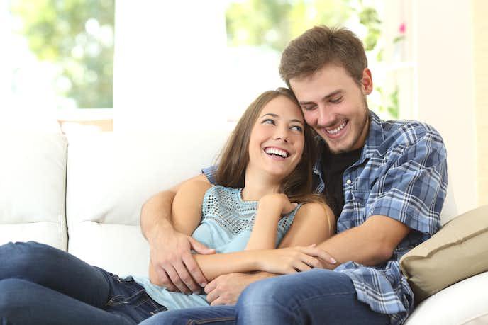 年下男性が年上女性を好きになる男性心理で、自分自身が甘えて癒されたい
