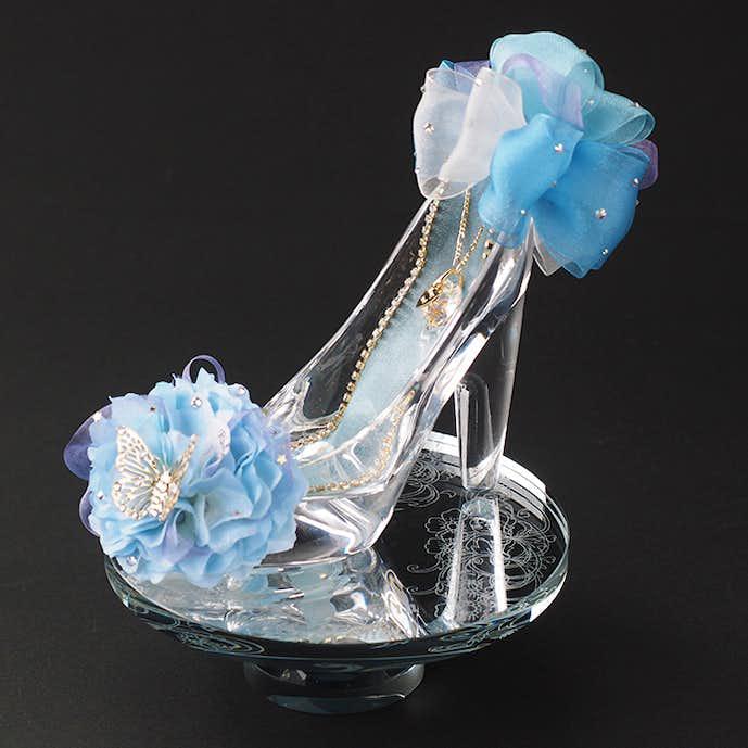 30代女性のクリスマスプレゼントにガラスの靴