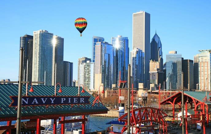シカゴの観光スポットのネイビーピア