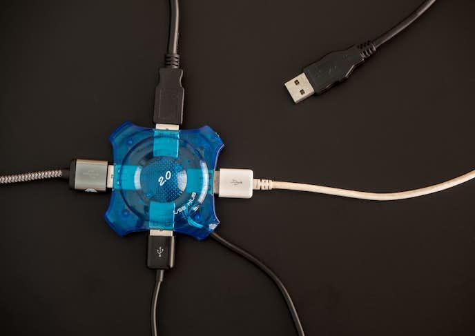 USBハブの種類とは