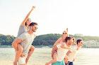 誰からも愛される人の9つの特徴。魅力的な人になるには | Smartlog