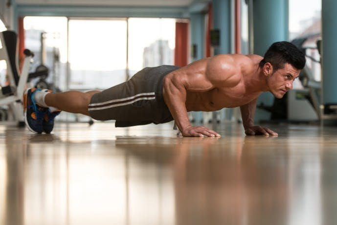 体幹の自重トレーニング「ノーマルプッシュアップ」