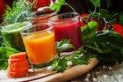 市販の野菜ジュースのおすすめ15選。健康に気を使う人に人気の一本とは | Smartlog