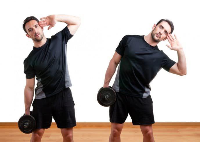 腹筋のくびれを作るとダンベルレーニングメニュー「ダンベルサイドベント」