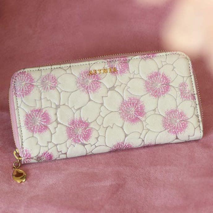 母の日のプレゼントにエーテルのサクラ・ブーケの財布