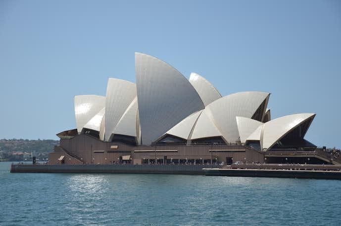 シドニーのおすすめ観光スポットにオペラハウス