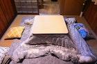 こたつ布団のおすすめ宅配クリーニング3選。料金・日数・お手入れ方法まで解説 | Smartlog