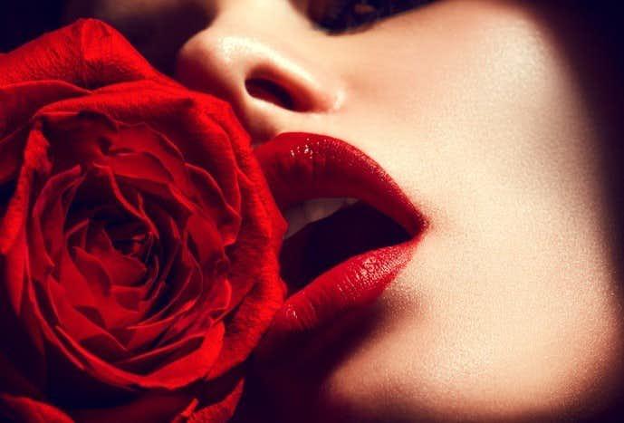性欲が強い女性の15の特徴.jpg