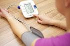 人気メーカーの血圧計のおすすめ15選。上腕&手首で測れる最強アイテムとは | Smartlog
