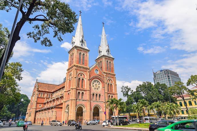 ベトナム・ホーチミンのおすすめ観光名所「サイゴン大教会」