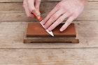 包丁砥石のおすすめ15選。鋼・ステンレス製刃物も研げる人気商品とは | Smartlog