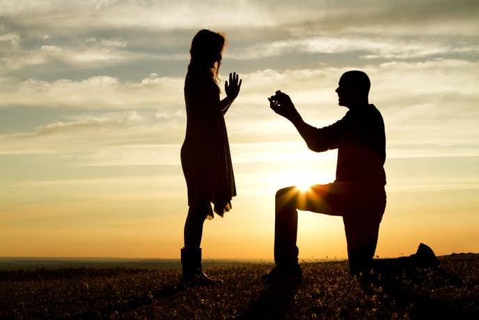 プロポーズでプレゼントしたい婚約指輪の人気ブランド
