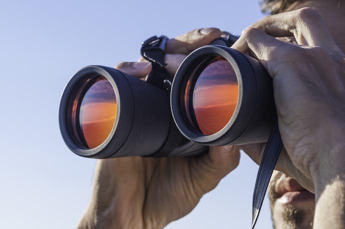 双眼鏡の選び方(倍率・デザイン・サイズ・使用用途)