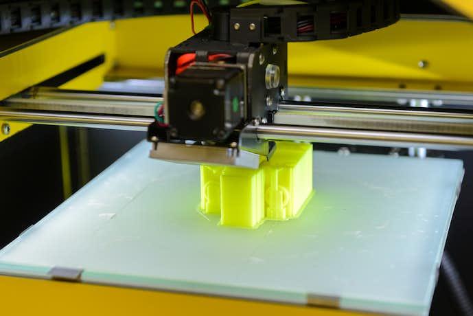 3Dプリンターで物を作っている最中