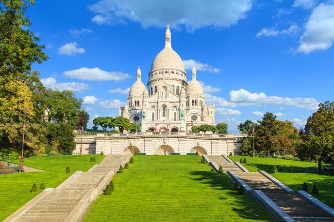 パリのおすすめの観光スポットにサクレール寺院