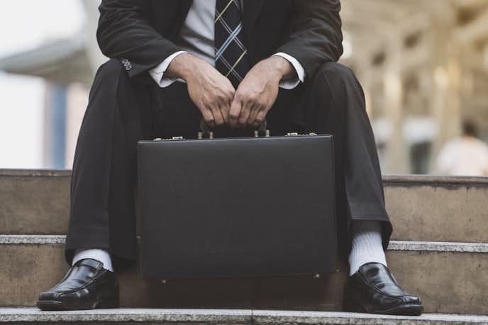 仕事が辛いと感じる主な理由とは?