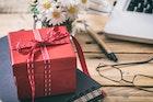 女友達が喜ぶ誕生日プレゼントランキング。20代女性が絶対に喜ぶ贈り物集【2018】 | Smartlog
