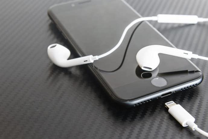 iPhoneにおすすめのイヤホンを大公開