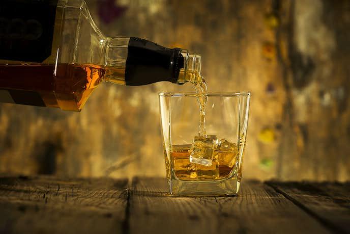 安いのに美味しいコスパの良い人気のウイスキー銘柄