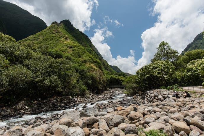 ハワイ・マウイ島のおすすめ観光スポット「イアウ渓谷」