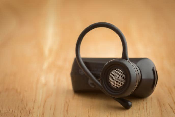片耳タイプのイヤホンは主に2種類ある