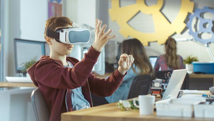 【2018最新】VRヘッドマウントディスプレイのおすすめとは
