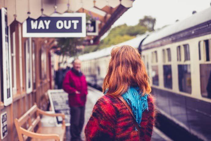 一目惚れした時の電車外のアプローチ方法.jpg