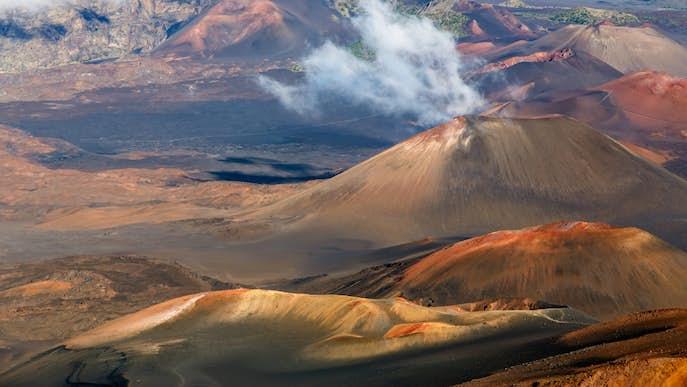 ハワイ・マウイ島のおすすめ観光スポット「ハレアカラ山」
