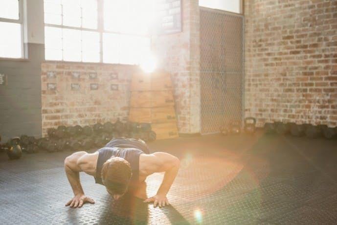 自重で行える効果的な体幹トレーニング21.jpg